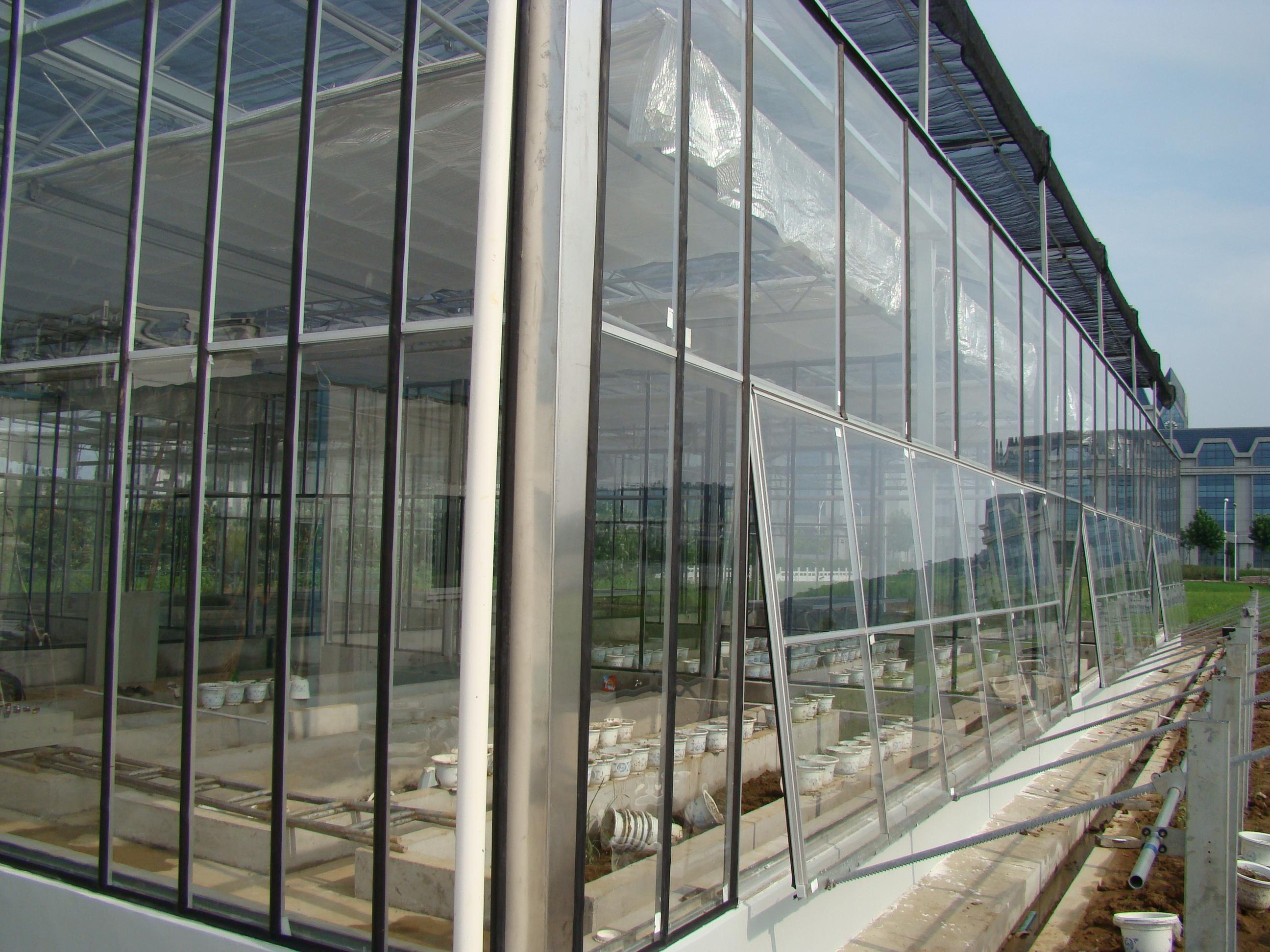 南京信息工程大学玻璃温室项目